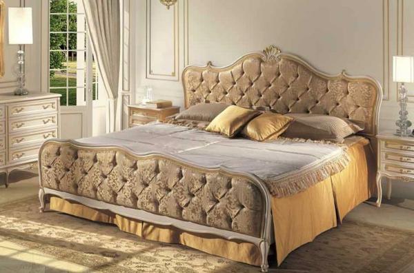 italienische- designermöbel-von-Angelo-Cappellini-goldenes-bett