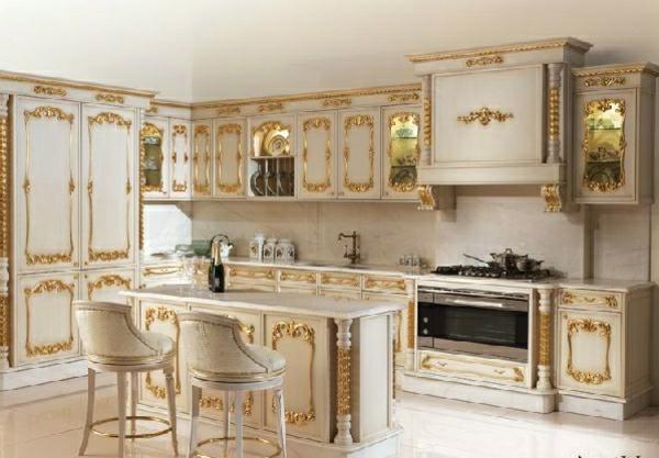 italienische- designermöbel-von-Angelo-Cappellini-goldenfarbige-küche