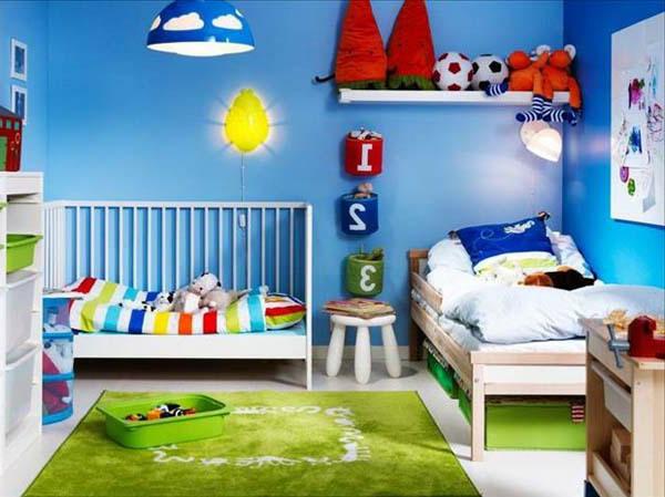 kinderzimmer- komplett-set-mit-blauen-wänden