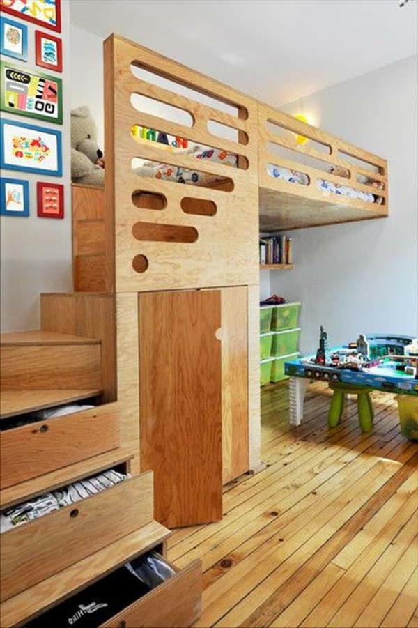 kinderzimmer- komplett-set-mit-hölzerner-struktur mit treppen
