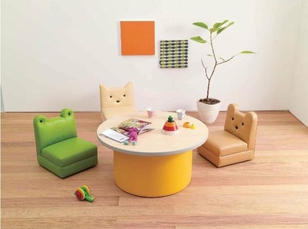 kinderzimmergestaltung-design-idee-leder-stühle