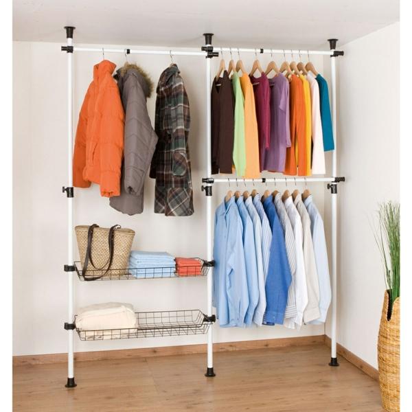 kleiderstange-für-wand-moderne-gestaltung - viele bunte kleider