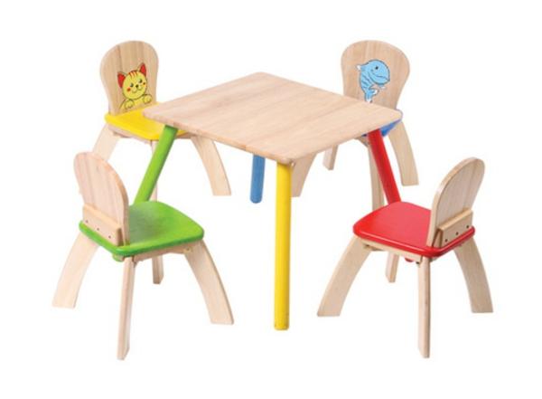 kleine-stühle-aus-holz-designidee