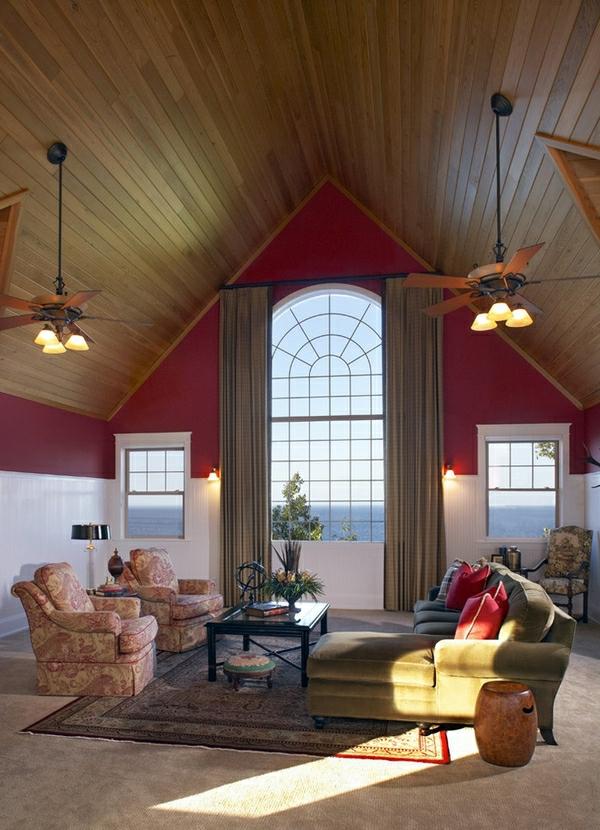 kleines-originell-gestaltetes-wohnzimmer