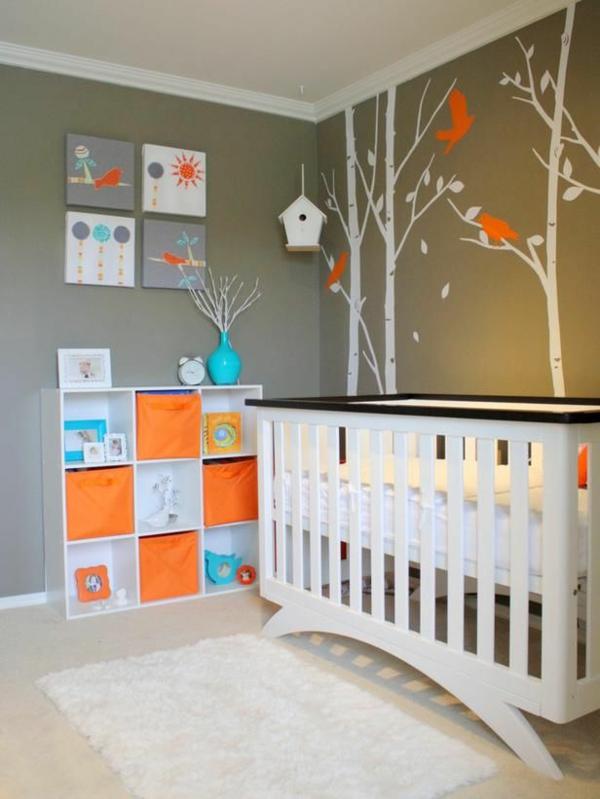 kreative-Babyzimmer-Dekoration-Baum