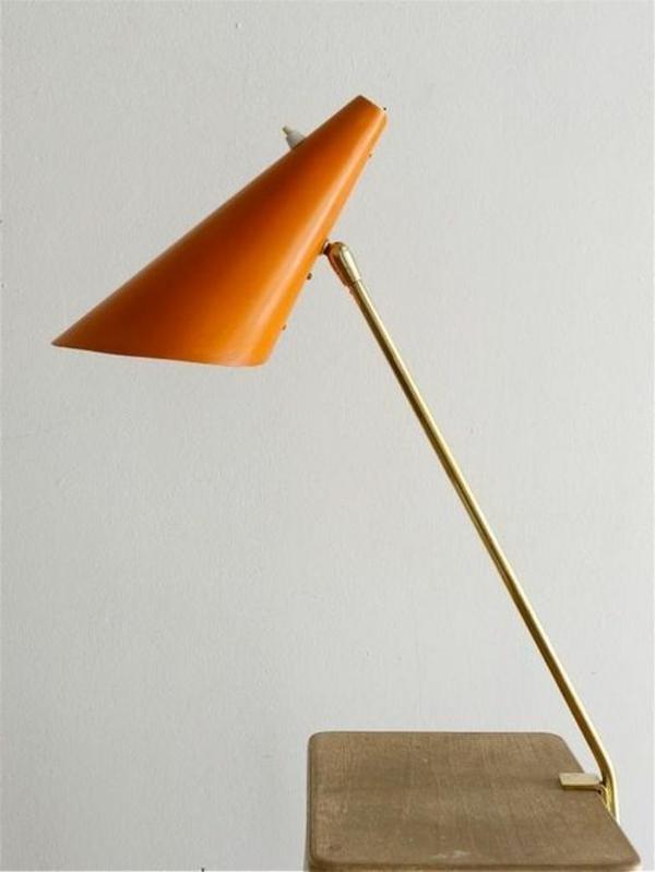 kreative-Ideen-für-Schreibtischampen-mit-Klammer