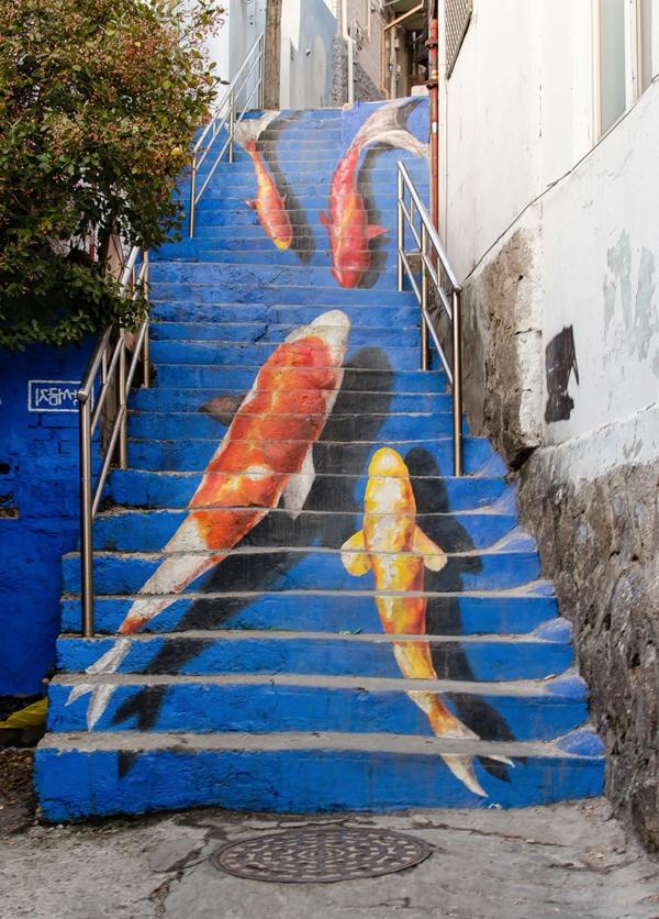 kreative-malerei-auf-den-Außentreppen