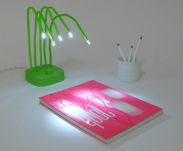 led-Designer-Tischlampe-in-grüner-Farbe-