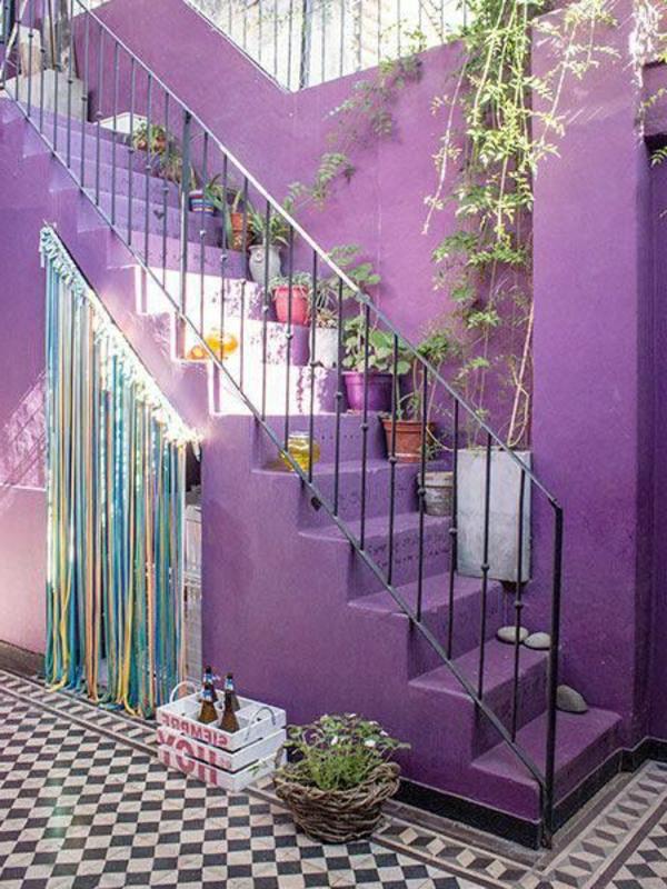 lila-gestreifte-außentreppe-designidee