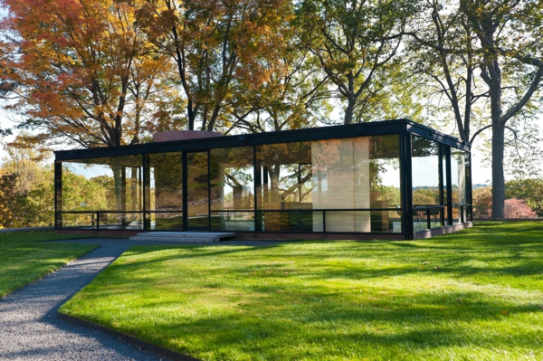 moderne-architektur-haus-aus-glas