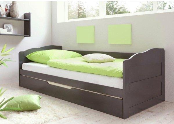 modernes-Sofa-aus-Holz