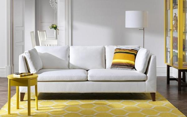 Gelber Teppich Im Hause ...