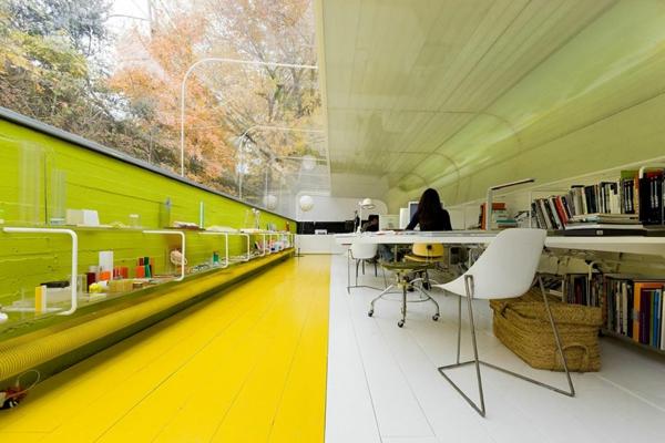 originelle-büroräume-gelb-und-grün-kombinieren