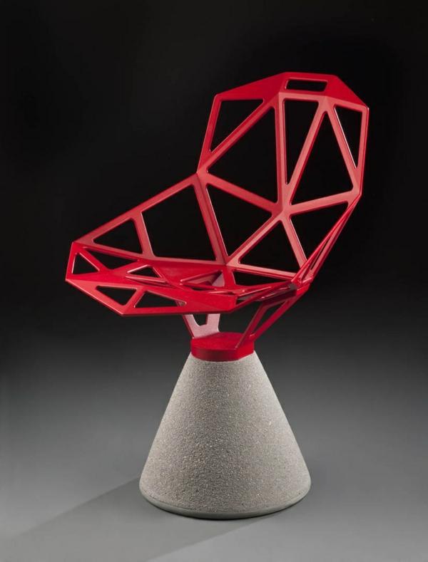 origineller-Design-Stuhl-in-Rot