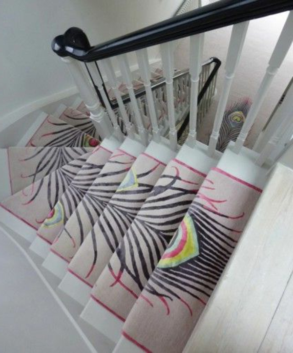 origineller-Treppen-Teppich-verlegen