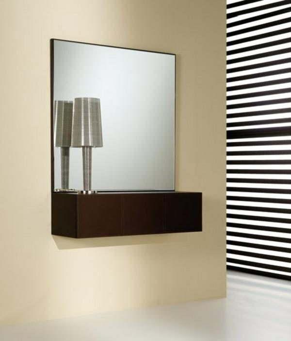 quadratischer-spiegel-ausgefallene-wohnaccessoires
