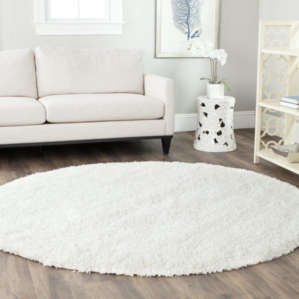 runder-Teppich-in-Farbe-Weiß-Idee