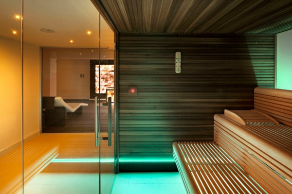 sauna-mit-glasfront-schöne-gestaltung