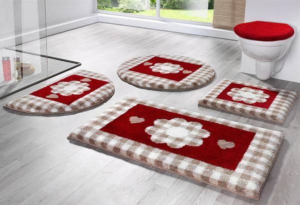 schöne-Badteppiche-für-das-Badezimmer-Beige-Rot