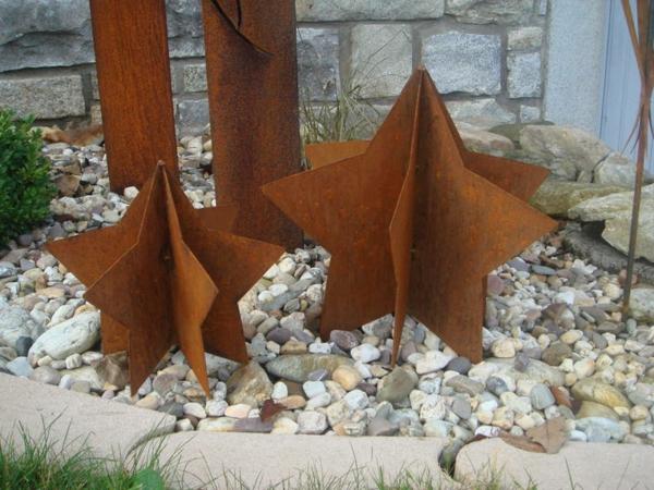 schöne-Gartendeko-Edelrost-Sternen-Idee
