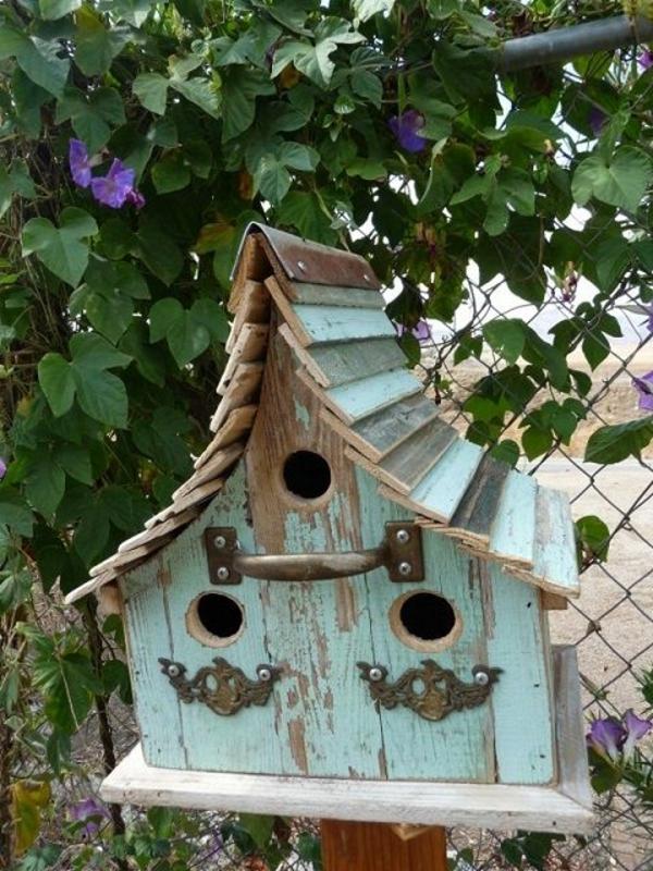 ein vogel futterhaus bauen sch ne vorschl ge 1 teil. Black Bedroom Furniture Sets. Home Design Ideas