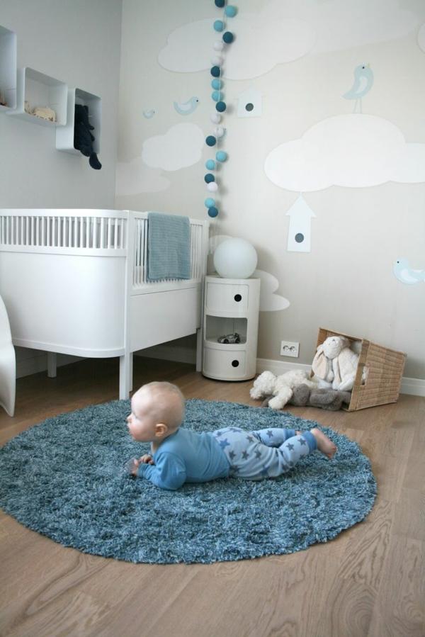 schöne-blaue-.Dekoration-für-das-Babyzimmer-Idee