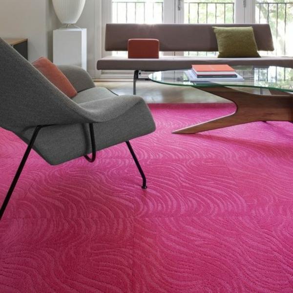 Schoner Teppich In Farbe Rosa Im Wohnzimmer