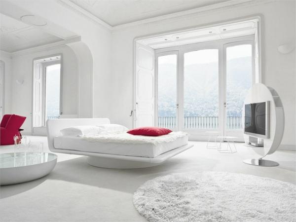 schöner-Teppich-in-Weiß