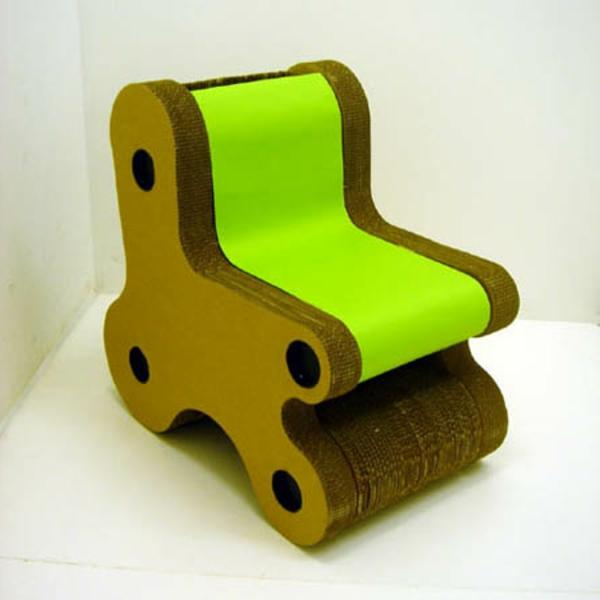 schöner-kinder-stuhl-grün