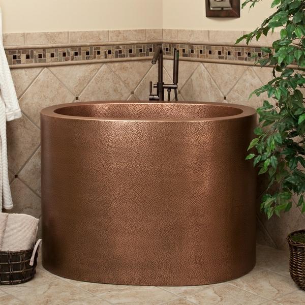 schicke-japanische-badewanne