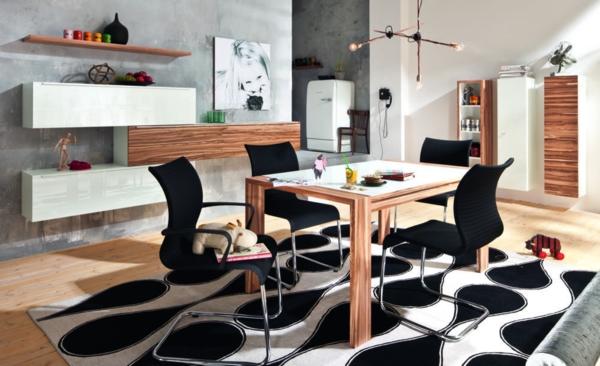schwarz-weiss-gemusterter-teppich-esszimmer
