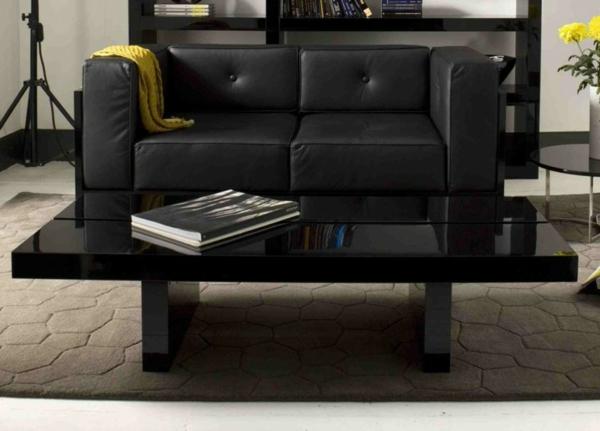 schwarzer-couchtisch-mit-elegantem-look