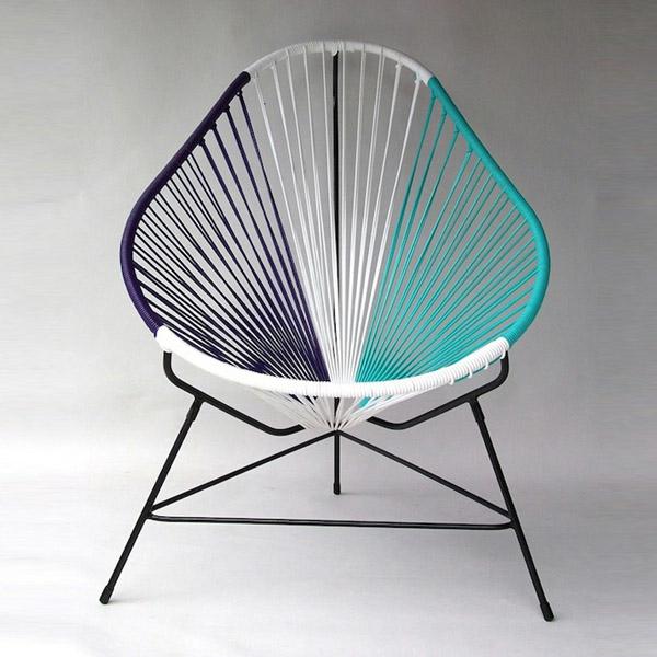 string-stuhl-design-idee-blau-weiß