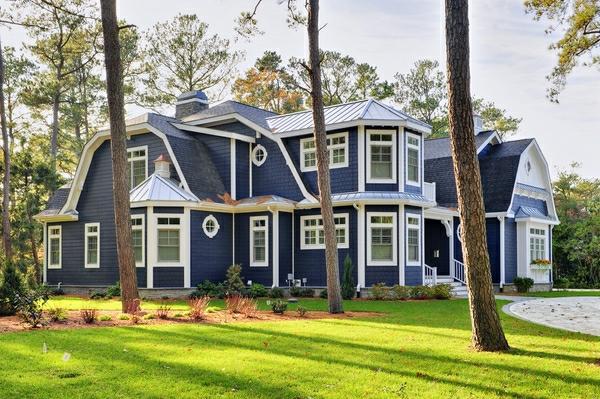 Super Coole Hausfassade Gestaltung   Gras Davor
