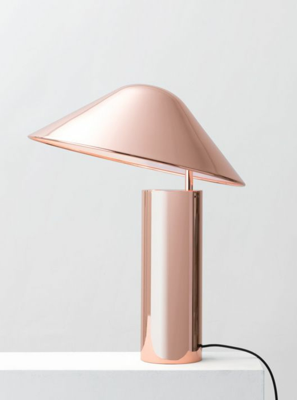 super-schöne-Lampe-in-Rosa-Farbe