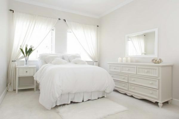 Wohnideen Romantisch wohnideen für schlafzimmer in weiß 25 prima bilder archzine