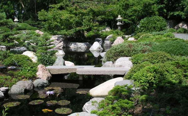 toller-Garten-in-Japanischem-Stil-Design-Idee