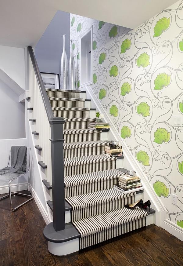 treppenläufer-mit-teppich - super coole grüne tapete