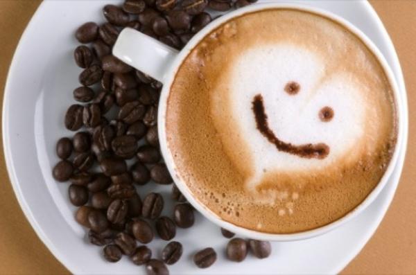 smiley-auf-dem-kaffee