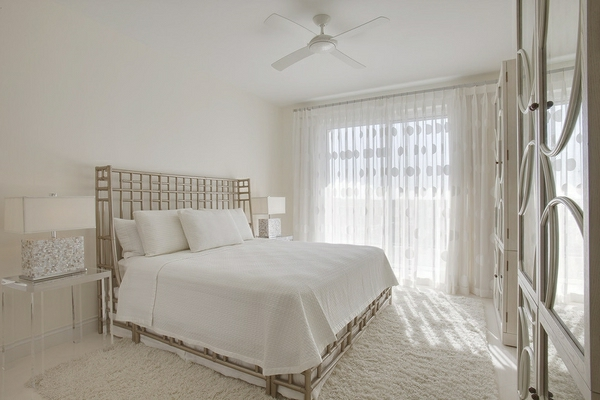 wohnideen-für-schlafzimmer-weiß-gestaltet