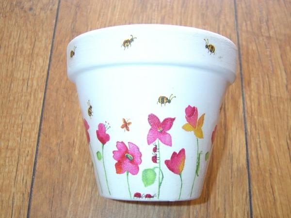 wunderbar--dekorierte-Blumentöpfe-Ideen-Deko