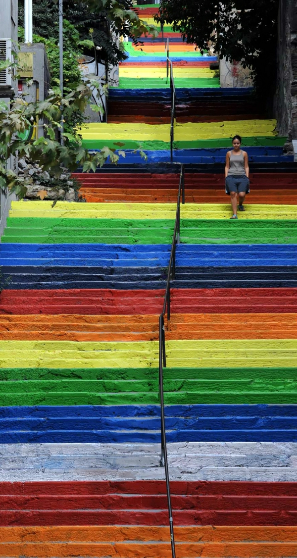wunderschön-gestreifte-Treppen-Ideen