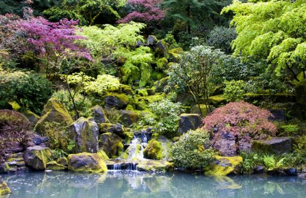 wunderbarer--Garten-in-Japanischem-Stil-