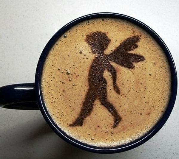 wunderbares-Bild-aus-Kaffeeschaum-Deko