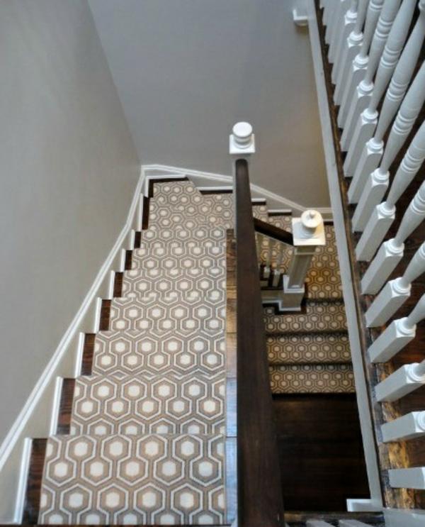 wunderschöner-Treppen-Teppich-Idee
