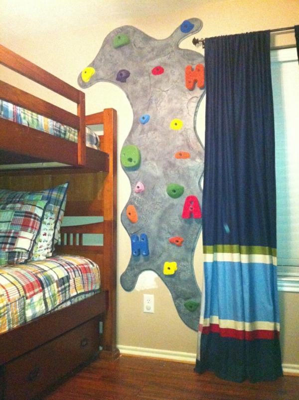 5b-kletterwand-im-kinderzimmer-stockbett-dekorativ