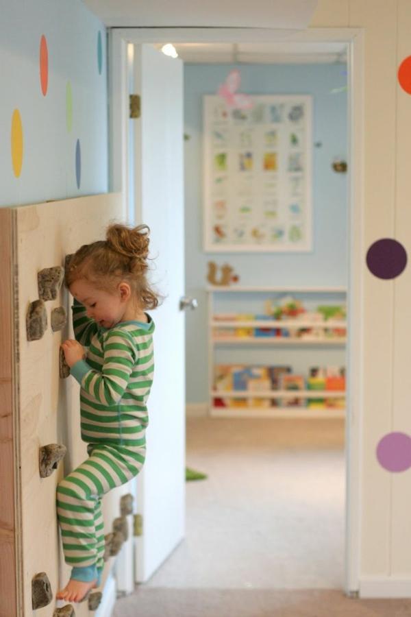 Kletterwand im kinderzimmer freude und gesundheit - Klettern im kinderzimmer ...