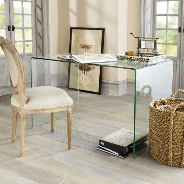 Büro-Gestaltung-Schreibtisch-Glas-Design-
