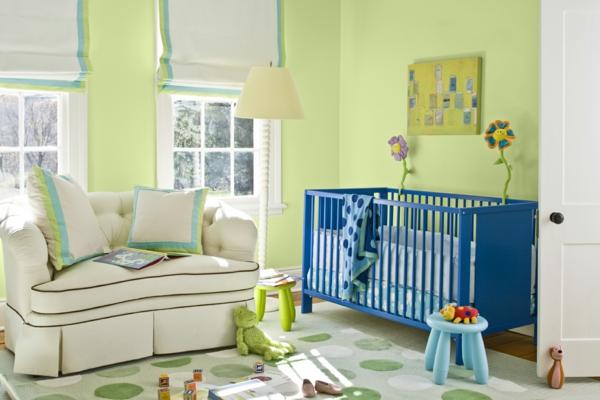 -Babyzimmer-Wandgestaltung-in-grüner-Farbe