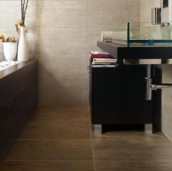 Badezimmer-Fliese-mit-Holzoptik